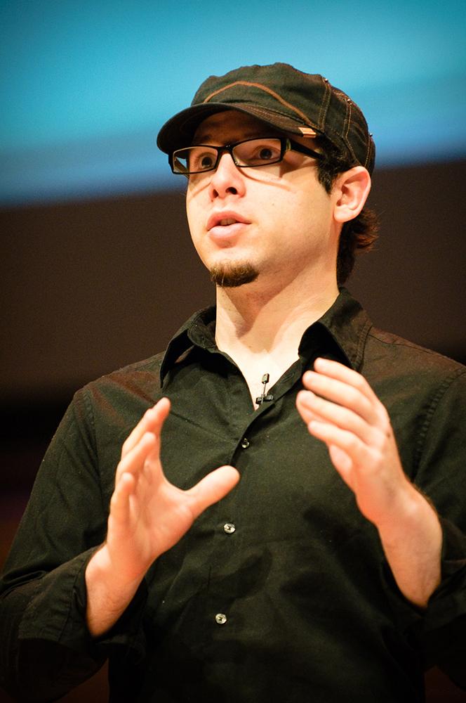 אזה רסקין, לשעבר מנהל חווית המשתמש במוזילה, כיום מנהל האסטרטגיה במרכז לטכנולוגיה אנושית | תמונות: Sean O'Shaughnessy/Flickr