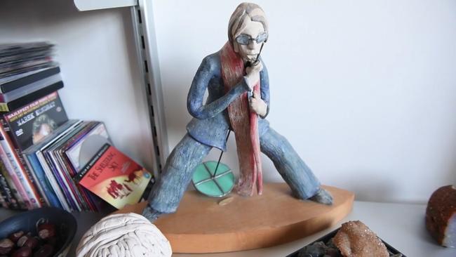מתוך עבודות האמנות של אֶמה | תמונה: Video Screenshot/Cambridge-News